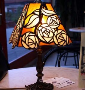 Sárga rózsás lámpa
